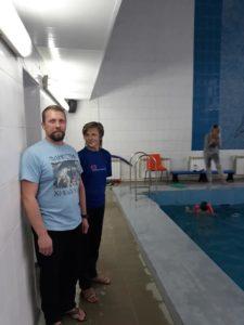 Бесплатные Занятия в группе плавания для наших детей проходят в бассейне ЛУЧ